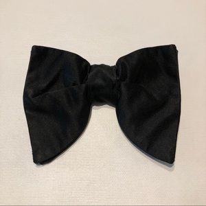 Men's Black Clip On Bow Tie